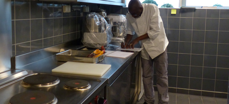 Comment organiser un remplacement serein en cuisine for Reglementation cuisine professionnelle