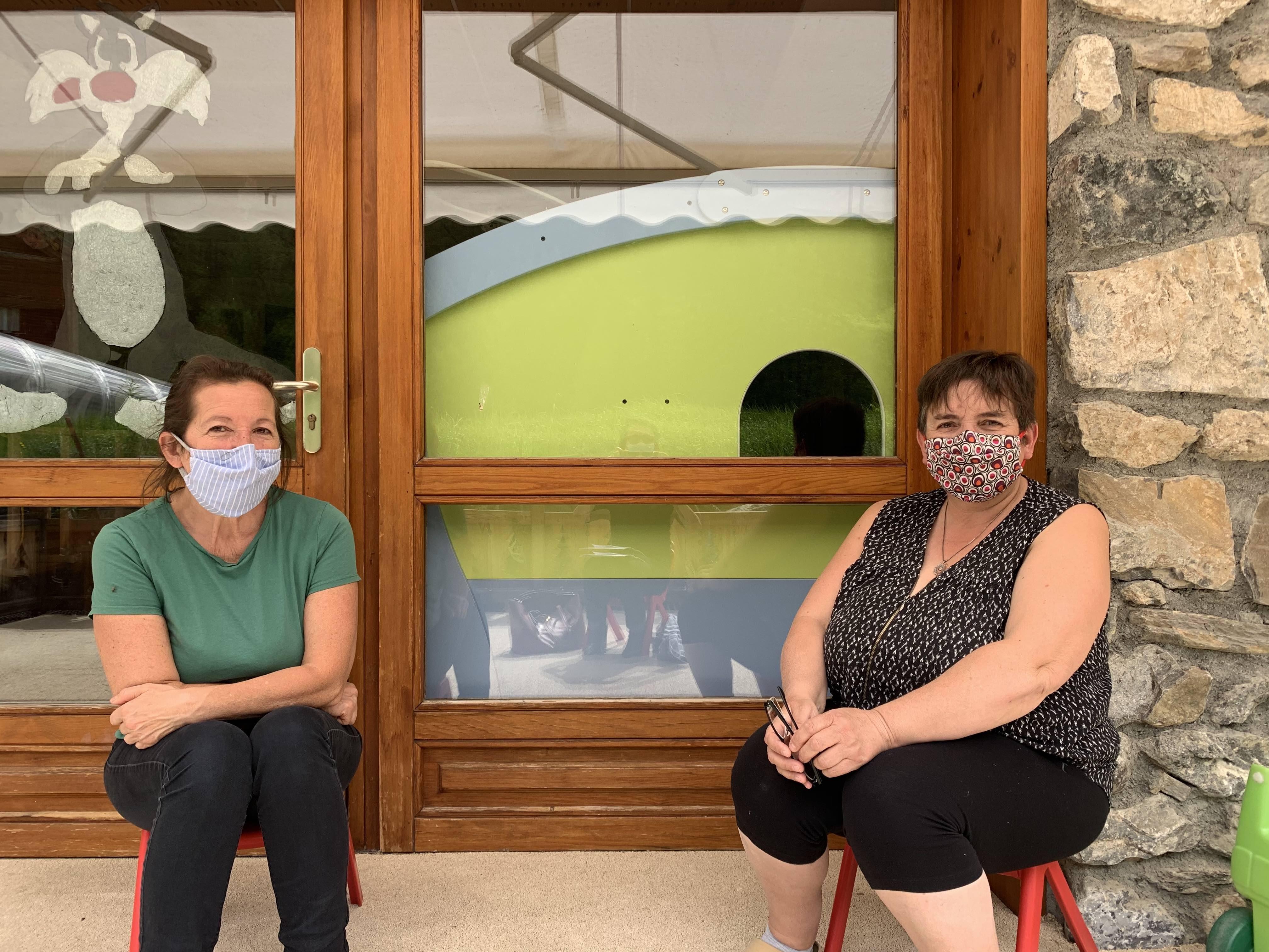 Dorothée et Nadine , directrice et adjointe de la Créche Les p