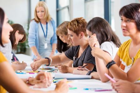 réunion de professionnels en formation