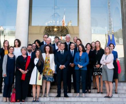 Les membres de la commissison des 1000 jours , le jour de son installation par Emmanuel Macron