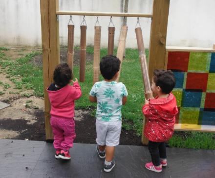 enfants et bambous