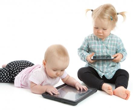 bébés et écrans