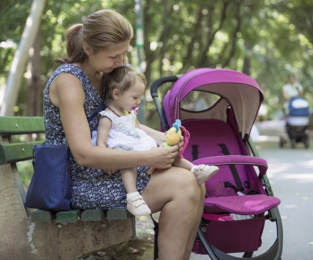 assistante maternelle au square