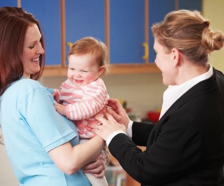 Adaptation d'un bébé à la crèche
