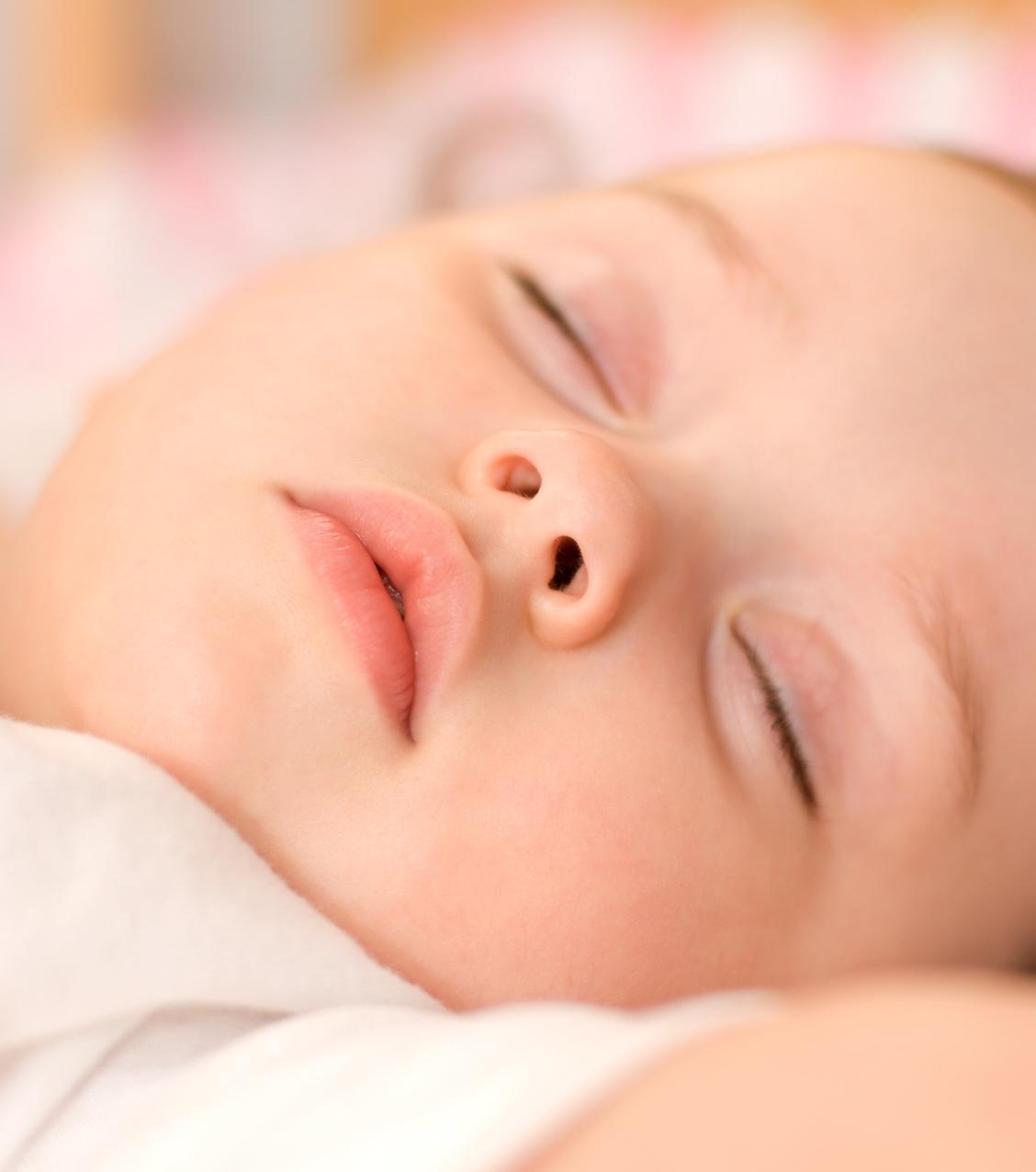 Les difficultés du tout-petit à s'endormir en collectivité