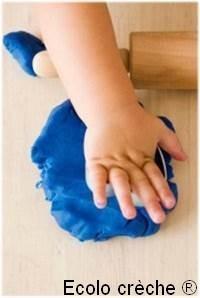 Pâte à modeler écologique pour enfant