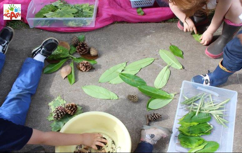 enfants et plantes