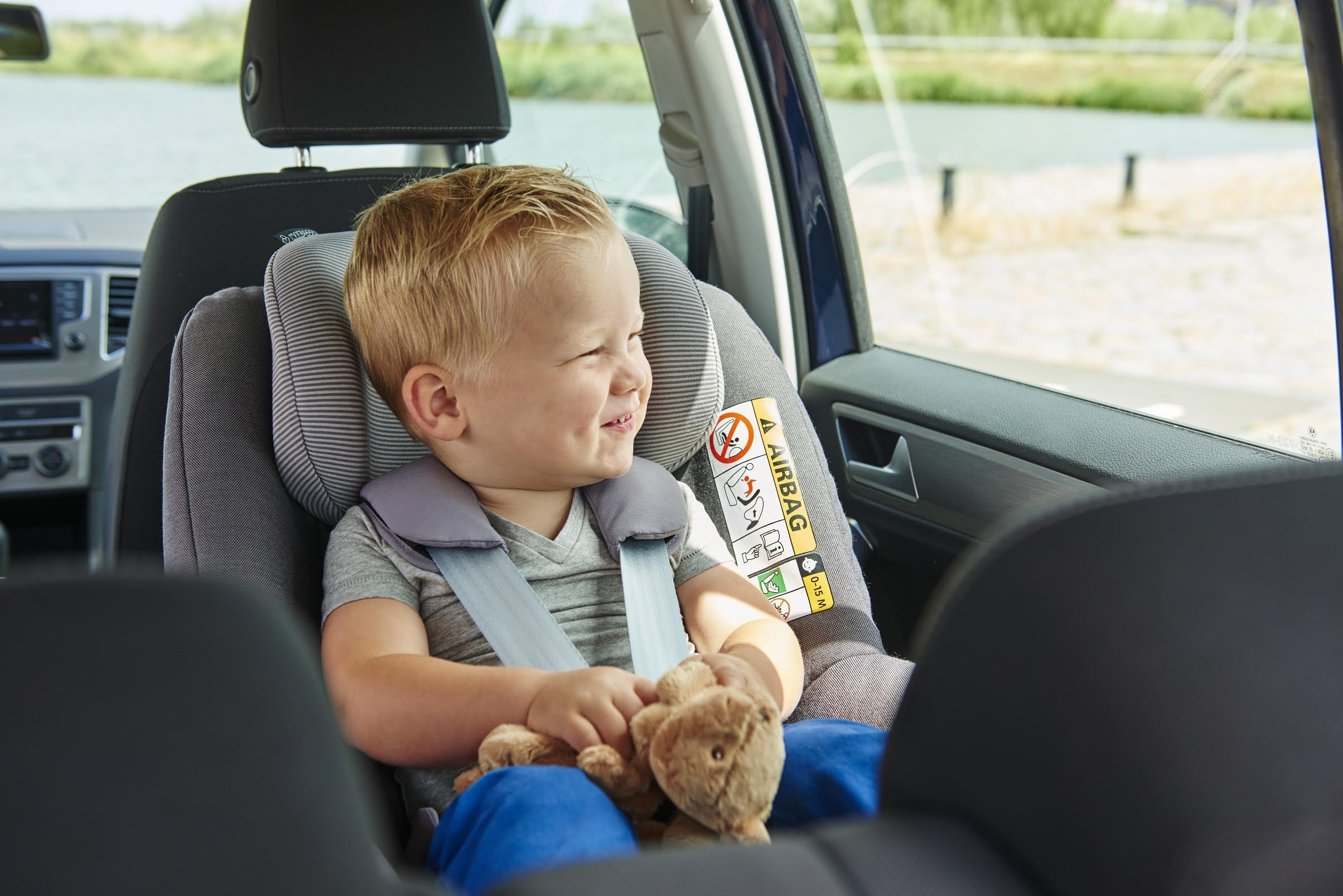 Si ge auto comment le choisir lesprosdelapetiteenfance for Choisir son siege auto
