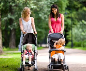 assistantes maternelles au parc