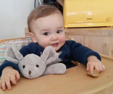 bébé-assistante-maternelle-creche-familiale