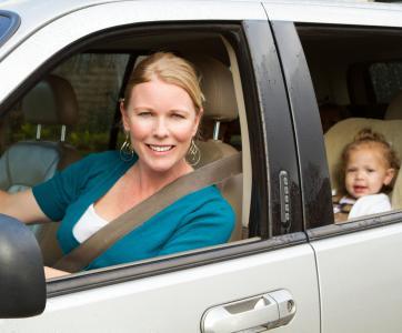 assistante maternelle en voiture