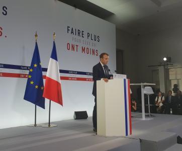 Emmanuel Macron lors du lancement de la Stratégie